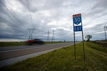 Québec va élargir l'autoroute30)