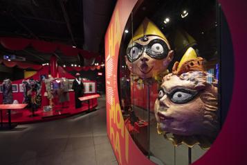 Pointe-à-Callière Le cirque entre au musée