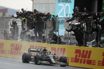 Formule 1 Le GP de Turquie annulé et remplacé par une deuxième course en Autriche)