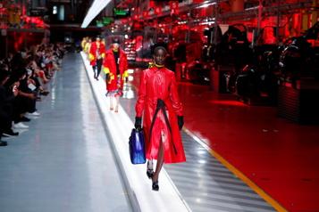 Ferrari fait ses débuts en haute couture)