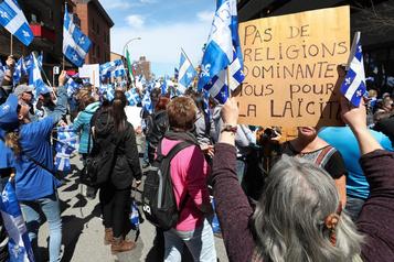 Loi sur la laïcité de l'État: le Canada contre le Québec