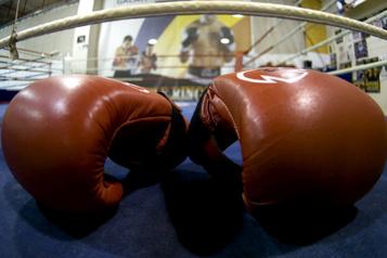 Deux nouveaux boxeurs sous contrat chez EOTTM)