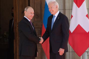 Sommet à Genève Biden rencontre Poutine, évoque «deux grandes puissances»)