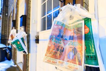 Les élus montréalais recommandent de restreindre la distribution des Publisacs