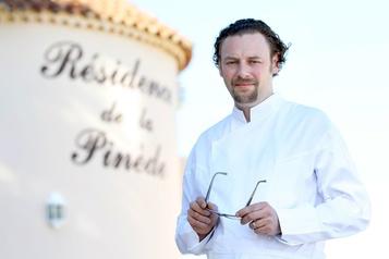 Arnaud Donckele sacré chef de l'année par le Gault et Millau