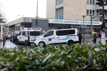 Coronavirus: enquête pour retracer le parcours du premier mort français