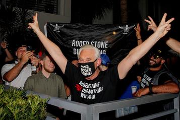 Roger Stone demeure un «repris de justice», affirme Robert Mueller)
