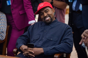 Kanye West à la Maison-Blanche? Trump juge l'idée intéressante)
