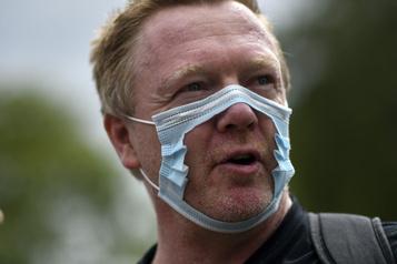 Opposition au couvre-visage: les égoïstes)