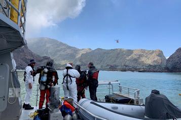 Éruption en Nouvelle-Zélande: les deux derniers corps n'ont pas été retrouvés