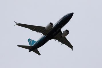 Le MAX737 a fait un premier vol pour assurer sa survie)
