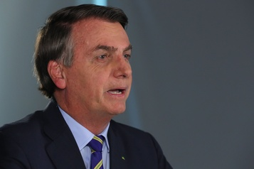 Bolsonaro admet que le coronavirus «est le plus grand défi» au Brésil