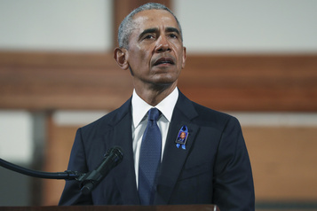 Obama fera campagne au volant pour Biden mercredi)