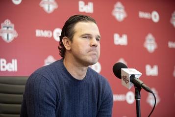 L'entraîneur-chef du Toronto FC démissionne)