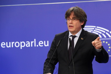 Le sort de l'indépendantiste catalan Puigdemont aux mains de la justice belge)