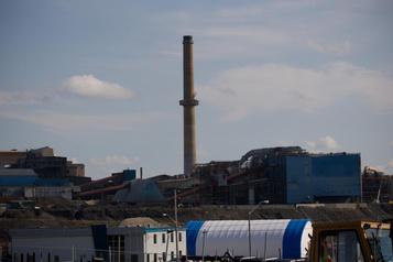Arsenic : Québec lance un ultimatum à la fonderie Horne