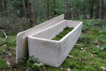 Planète bleue, idées vertes Un cercueil «vivant» fabriqué avec deschampignons )