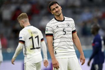 Euro La France débute par une victoire de1-0 contre l'Allemagne)