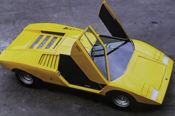 Lamborghini La Countach a 50ans)