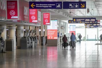 Ottawa débloquera 740millions pour aider les aéroports)