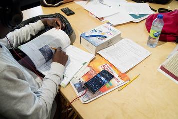 Formation professionnelle des jeunes: Ottawa transfère les fonds à Québec