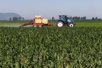 Agriculture Les Québécois prêts à payer pour réduire l'usage des pesticides )