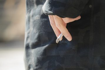 Québec veut réduire de moitié le taux de tabagisme)