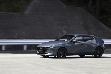 Turbo et rouage intégral au menu pour la Mazda3 2021)