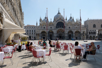 COVID-19: une deuxième vague semble peu probable en Italie)