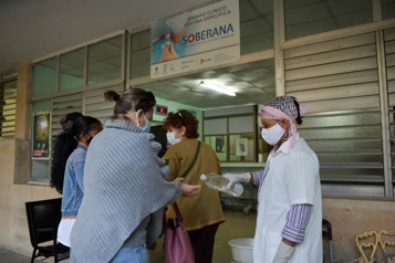 Cuba espère produire 100millions de doses de son vaccinanti-COVID-19 en 2021)