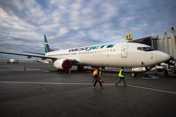 WestJet suspend d'autres vols intérieurs jusqu'en juin)