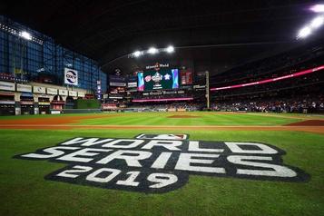 Seize équipes participeront aux séries éliminatoires du baseball )