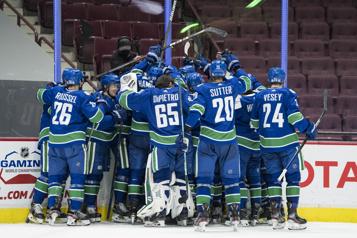 Retour au jeu victorieux pour les Canucks)