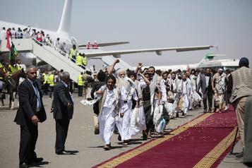 Yémen Plus de 1000prisonniers de guerre libérés lors d'un important échange)