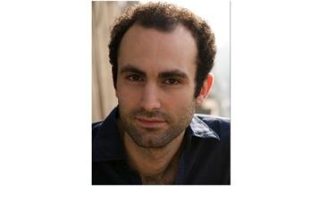 Netflix Khalid Abdalla sera Dodi Al-Fayed dans The Crown)