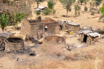 Nigeria Au moins 43agriculteurs tués par Boko Haram lors d'une journée d'élections locales)
