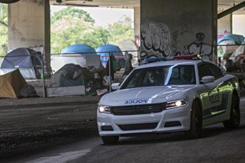 Un jeune sans-abri poignardé dans un campement d'itinérants)