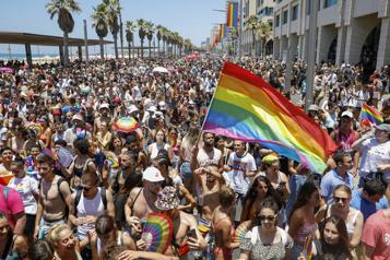 Israël Des milliers de participants à la «Marche des fiertés» à Tel Aviv)