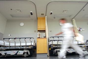 Enfants en phase terminale Vers l'euthanasie pour les moins de 12?ans aux Pays-Bas)