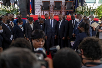 Haïti Le nouveau premier ministre promet l'ordre et des élections)