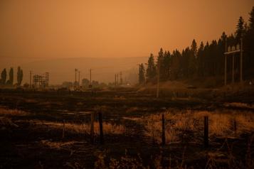 Colombie-Britannique Météo plus favorable face aux incendies de forêt)