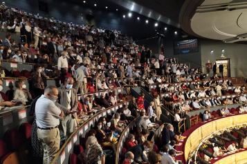 Madrid Absence de distanciation: un opéra annulé après des protestations)