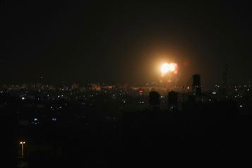 Nouvelles frappes israéliennes dans la bande de Gaza)
