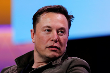 Elon Musk subira son procès pour avoir traité de «pédo» un spéléologue anglais