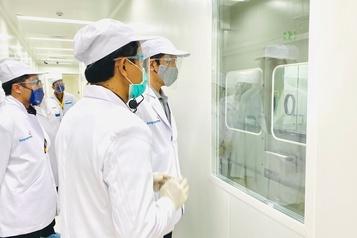 COVID-19: l'Indonésie commence à tester un vaccin chinois)