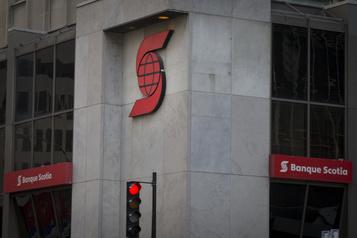 Les profits de la Banque Scotiaen légère hausse)