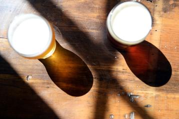 Angleterre Nombre record de morts liées à l'alcool pendant les confinements)