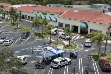 Floride Une fusillade dans un supermarché fait trois morts, dont le tireur)