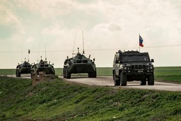 Début d'exercices militaires menés par la Russie à la frontière afghane)