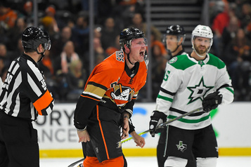 Nicolas Deslauriers obtient une prolongation de contrat avec les Ducks